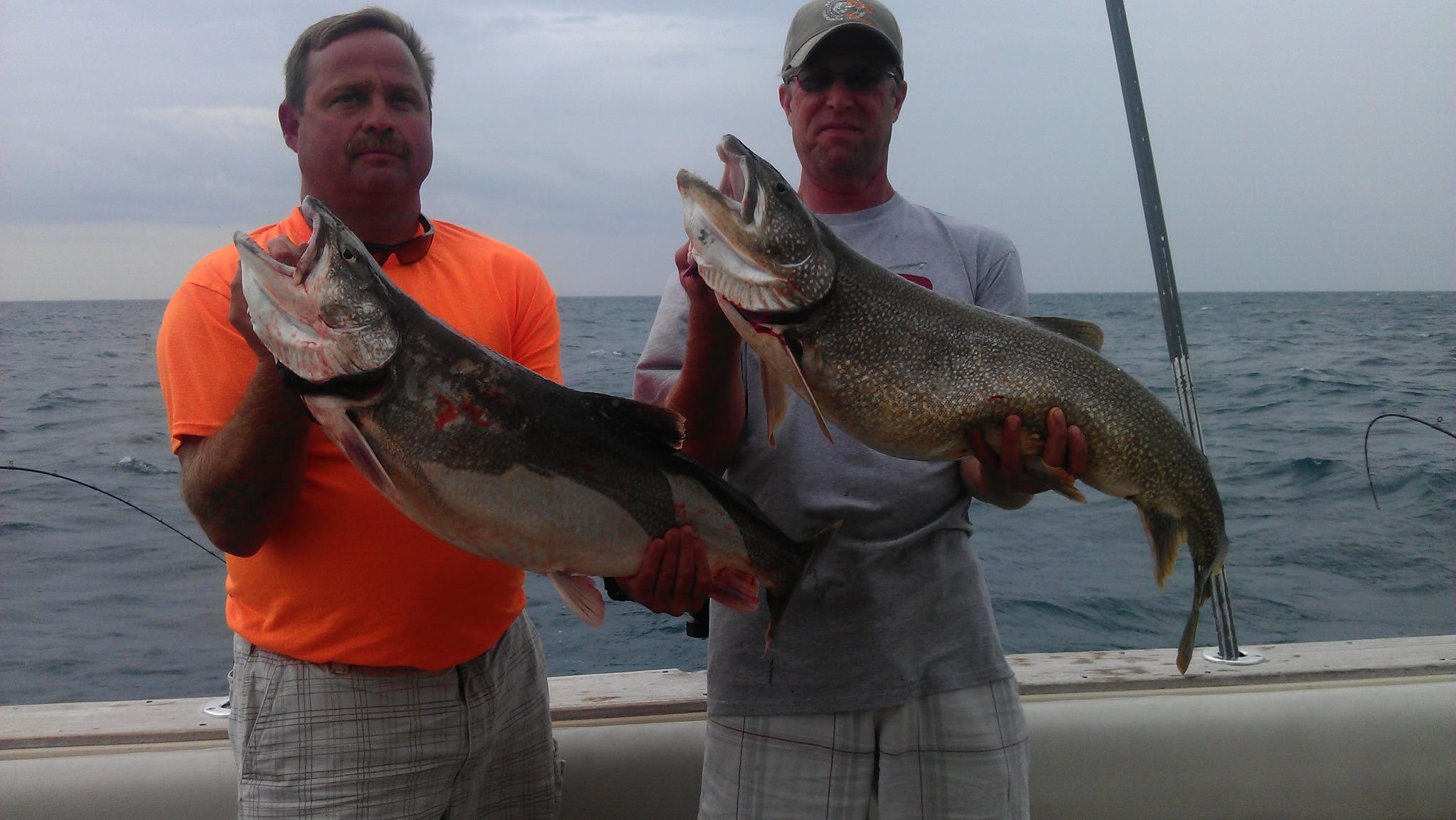 wisconsin salmon charter