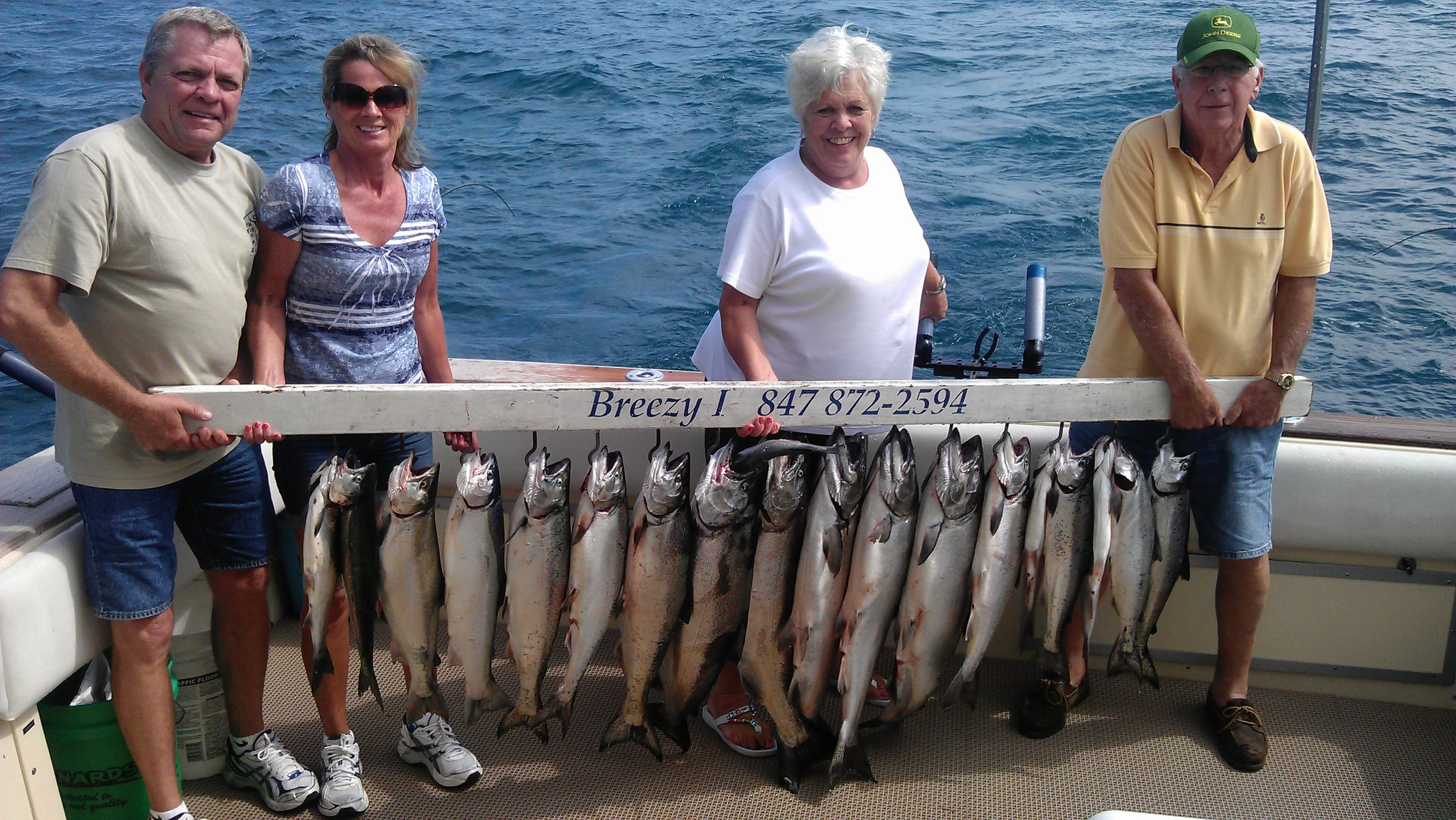 illinois charter boat fishing