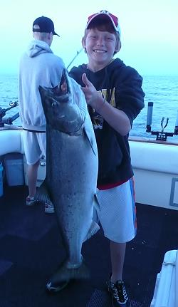 salmon charter fishing illinois